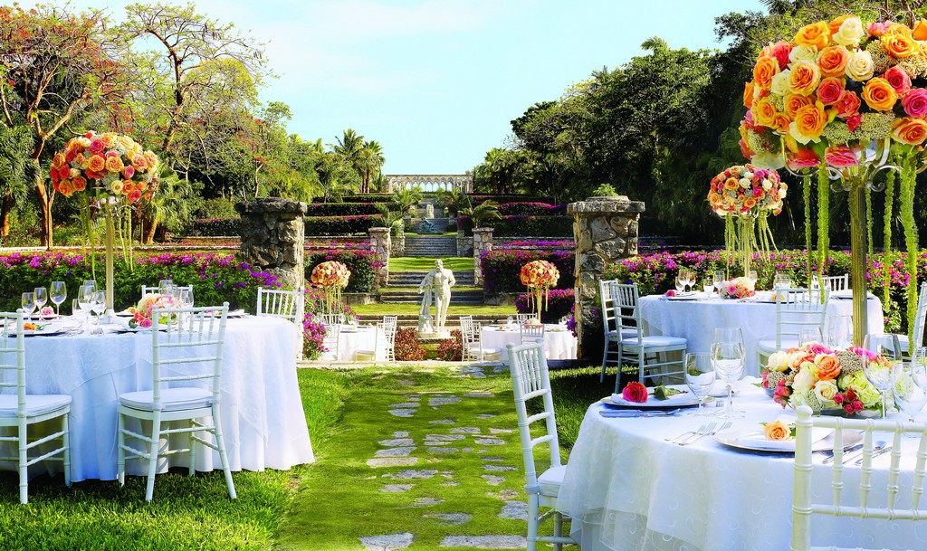 An Outdoor Wedding Ceremony At London S Hunt Club: 10 Fantastic Ideas For Your Destination Wedding