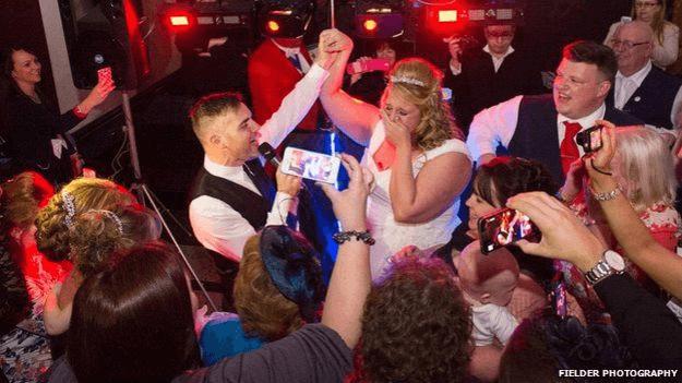 Gary Barlow Singing At Wedding Grace Kennedy Eventayfair Luxury Weddings